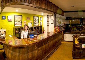 RECEPCIÓN 24 H Hotel Salento Real Eje Cafetero